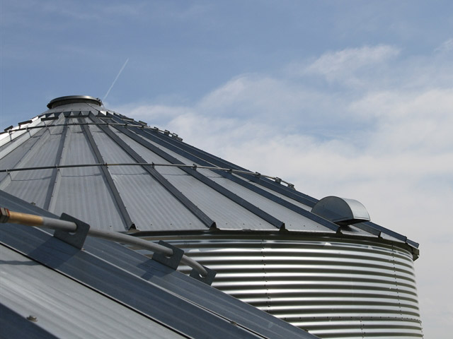 A Steady March of Grain Bin Deaths - AgWeb