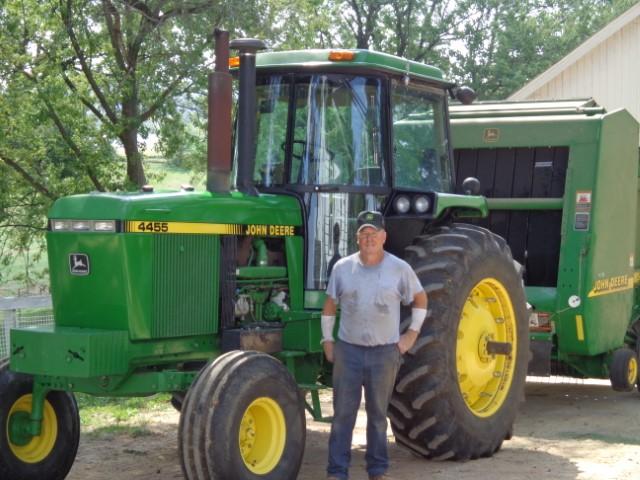 Amazing Story On 1991 John Deere 4455 Tractor